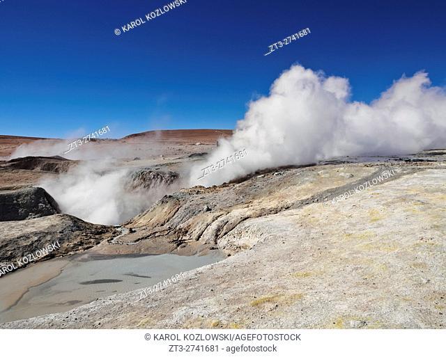 Bolivia, Potosi Departmant, Sur Lipez Province, Eduardo Avaroa Andean Fauna National Reserve, Landscape of the Geisers Sol de Manana