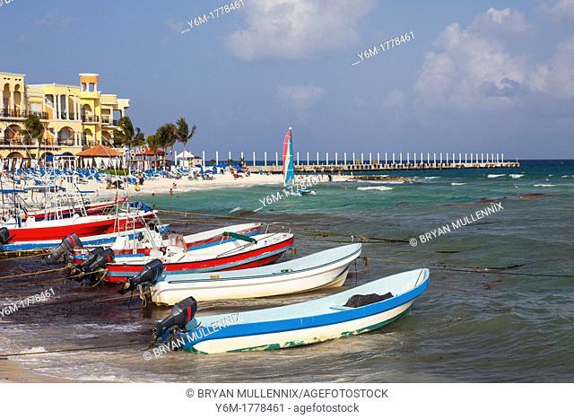Boats anchored to beach, Playa del Carmen, Yucatan Peninsula, Quintana Roo, Mexico