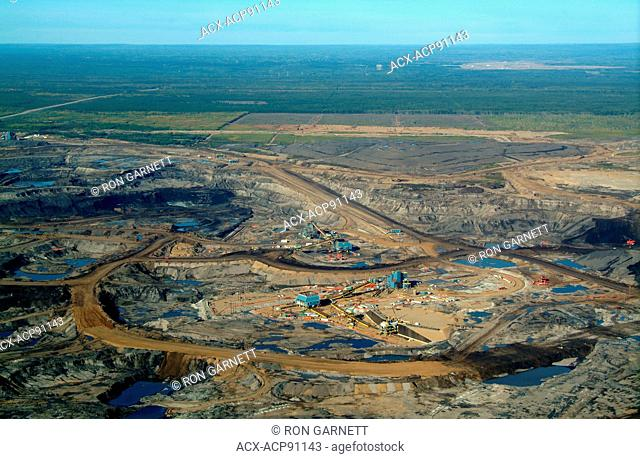 Aurora (Syncrude) mine site, Muskeg River N of Ft McMurray, Alberta