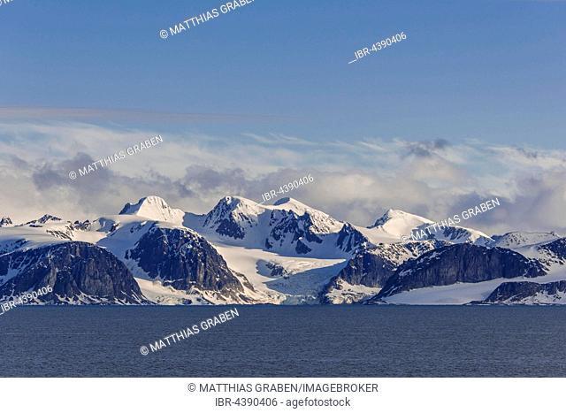 Coastline, snowy mountains, Northwest Coast, Svalbard, Spitsbergen, Norway