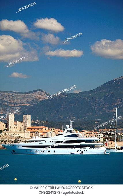 Luxury yachts in Antibes, Alpes-Maritimes, Provence-Alpes-Côte d'Azur, France