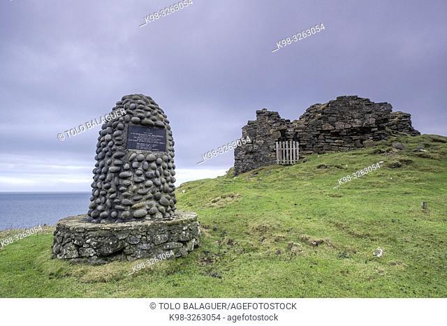 Duntulm Castle, North Trotternish Coast, Isle of Skye, Highlands, Scotland, United Kingdom
