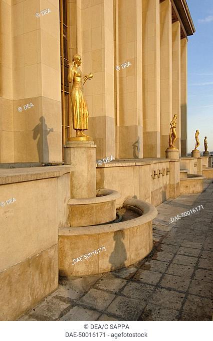 France - Ile-de-France - Paris. Place du Trocadéro. UNESCO World Heritage List, 1991. Terrace at Chaillot Palace, 1937