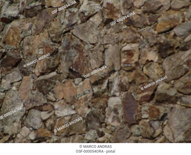 wall made of little stones and rocks