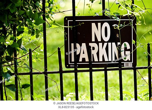 Sign Reading 'No Parking' Outdoor Environment
