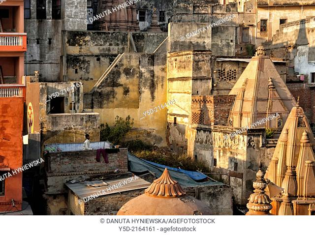 Varanasi also known as Benares, Banaras or Kashi, city on the banks of the Ganges in Uttar Pradesh, the holiest of the seven sacred cities (Sapta Puri) in...