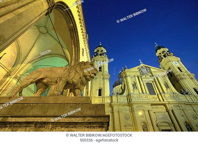 Feldherrnhalle (Hall of the Generals) and Theatiner Church. Munich. Germany