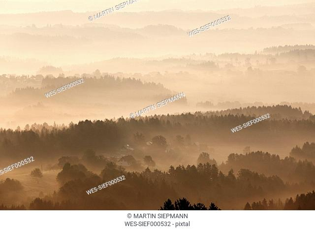 Austria, Styria, Schilcherstrasse, View of st. stefan ob stainz at morning