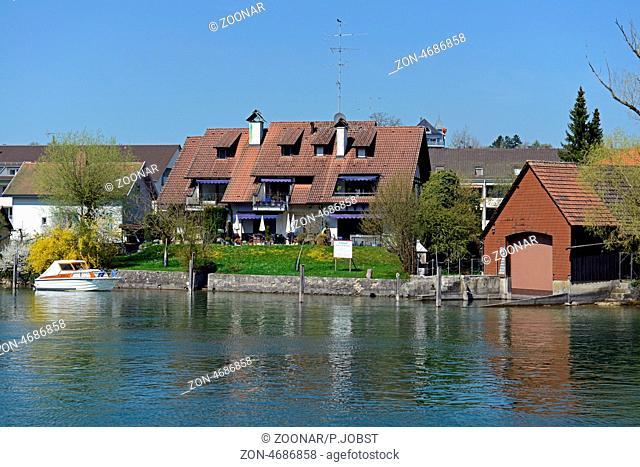 Blick auf Büsingen am Hochrhein, eine deutsche Enklave in der Schweiz / View of Buesingen at the High Rhine, a German enclave in Switzerland