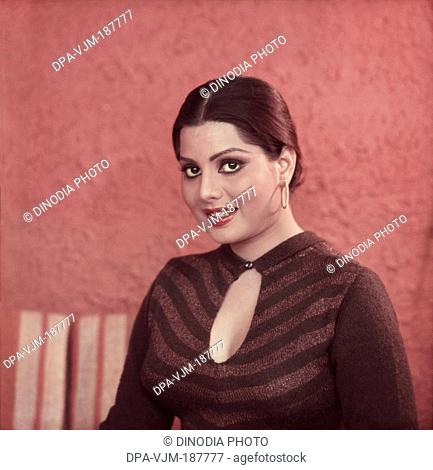 1982 , Portrait of Indian film actress and Playback Singer Sulakshna Pandit