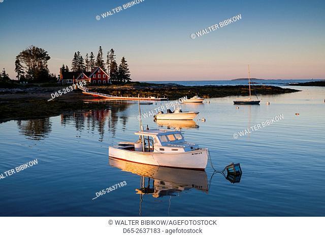 USA, Maine, Newagen, harbor view, dawn