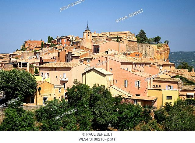 France, Provence, Roussillon, View over the village