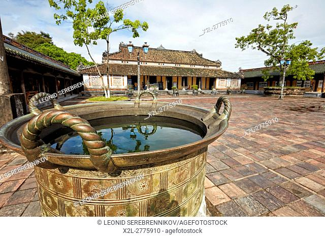 Bronze Cauldron At The Can Chanh Palace (Palace of Audiences). Imperial City, Hue, Vietnam