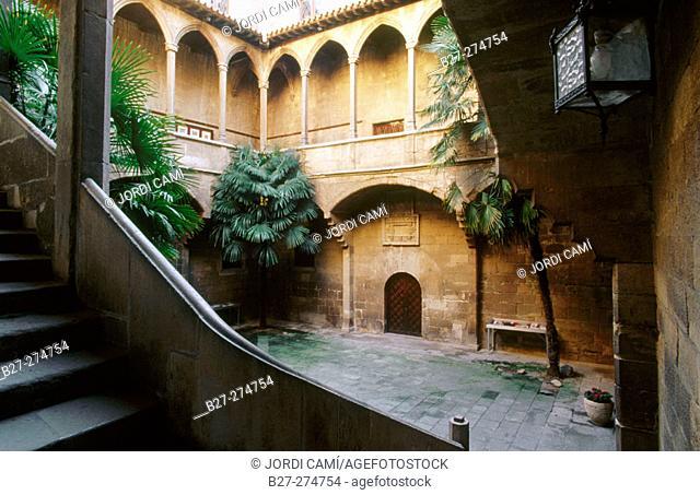 Gothic patio of former Hospital de Santa Maria (now Institut d'Estudis Ilerdencs). Lleida. Catalonia. Spain