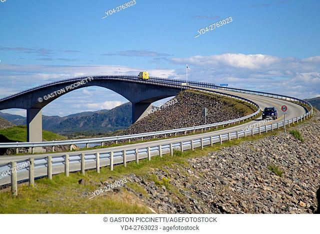 Storseisundet bridge, Atlantic Road or Atlanterhavsveien, from Bud to Kristiansund, More og Romsdal, Norway
