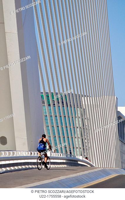 Valencia, Spain: viaduct by Ciudad de las Artes y Las Ciencias