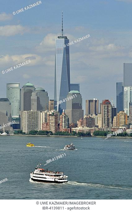 Freedom Tower and tourist boat, South Manhattan, New York City, New York, USA
