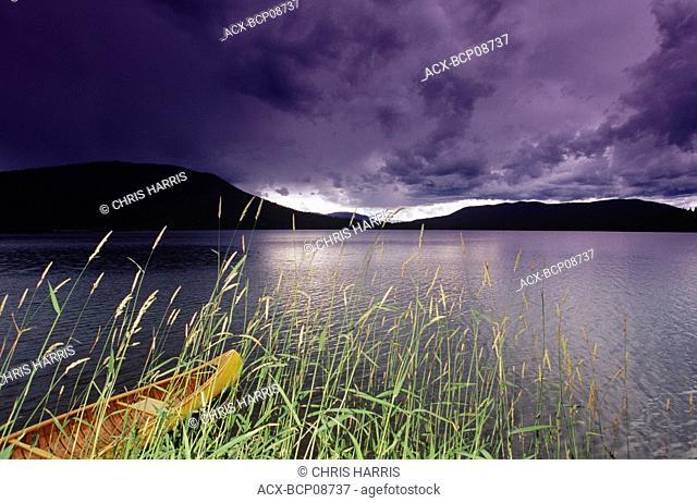 Laneezi lake, Bowron Lake Provincial Park, British Columbia, Canada