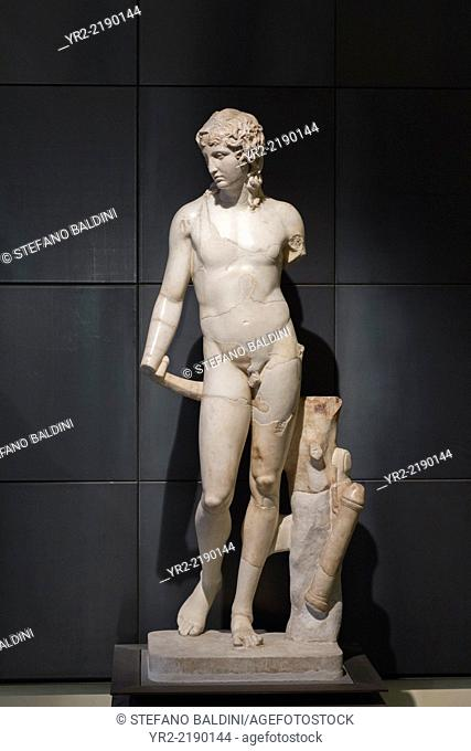 Statue of Eros or Thanatos, antonine copy after a 4th century BC original, Capitoline museums, Rome, Italy