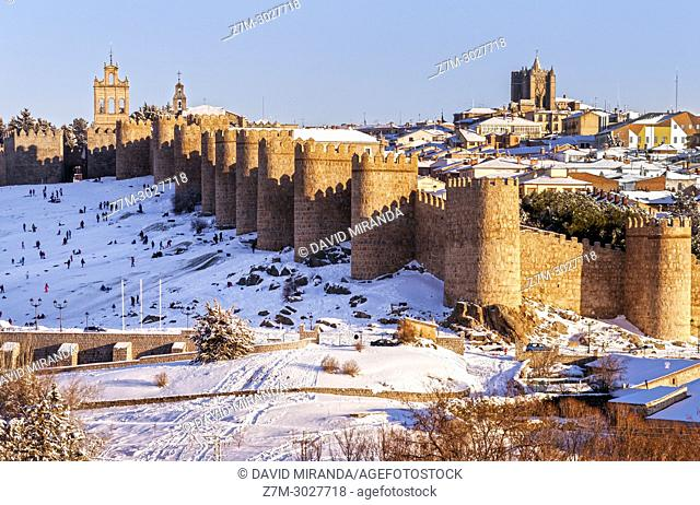 City wall, Ávila, snow-covered. Castile-Leon, Spain