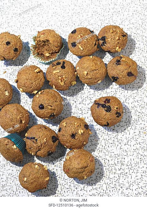 Bran muffins with raisins