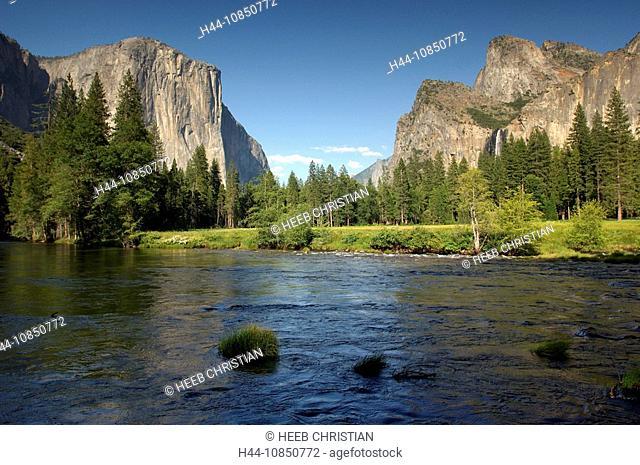 10850772, Usa, California, El Capitan, Merced Rive
