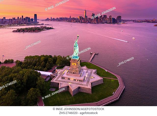 The Statue of Liberty (Liberty Enlightening the World; French: La Liberté éclairant le monde) is a colossal neoclassical sculpture on Liberty Island in New York...