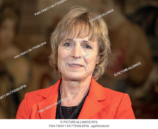 11 April 2019, Bavaria, München: Irene Epple-Waigel, wife of former CSU leader and Federal Finance Minister Waigel, looks into the camera before the press...