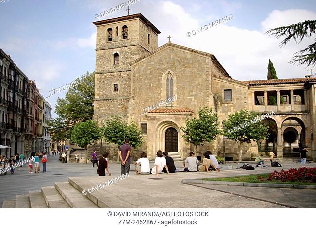 Iglesia de San Nicolás de Bari en Avilés. Asturias. España