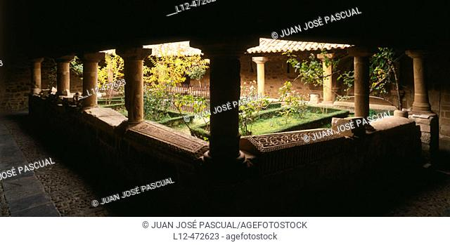 Cloister of Romanesque church, San Martín de Elines. Cantabria, Spain