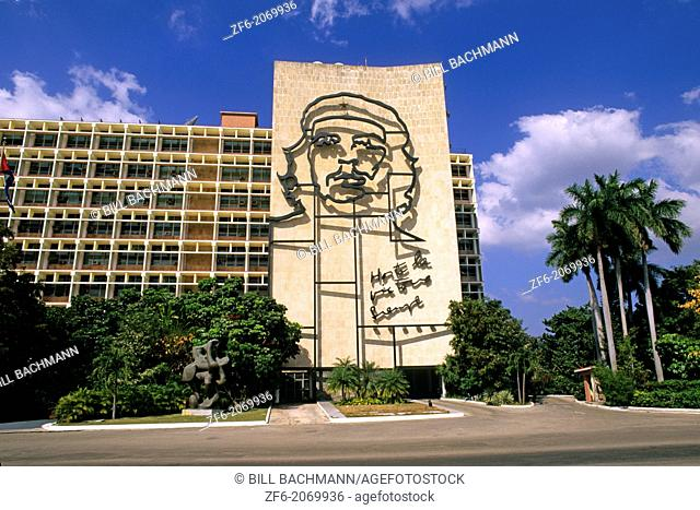 """Revolution Square Ernesto """"""""Che"""""""" Guevara Mural Havana Cuba"""