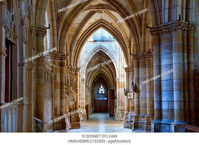 France, Marne, L'Epine, stop on the way of St James listed as World Heritage by UNESCO, Notre Dame basilica