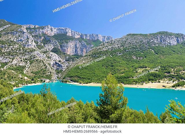 France, Var on the Left Bank and Alpes de Haute Provence on the Right Bank, Parc Naturel Regional du Verdon (Natural Regional Park of Verdon), Sainte Croix lake