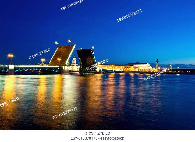 Evening view of Palace Bridge, st. Petersburg
