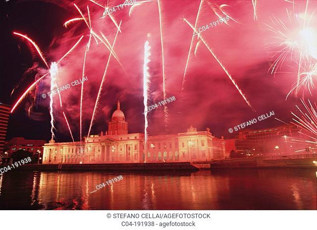 Fireworks over Customs House on Saint Patrick's day. Dublin. Ireland