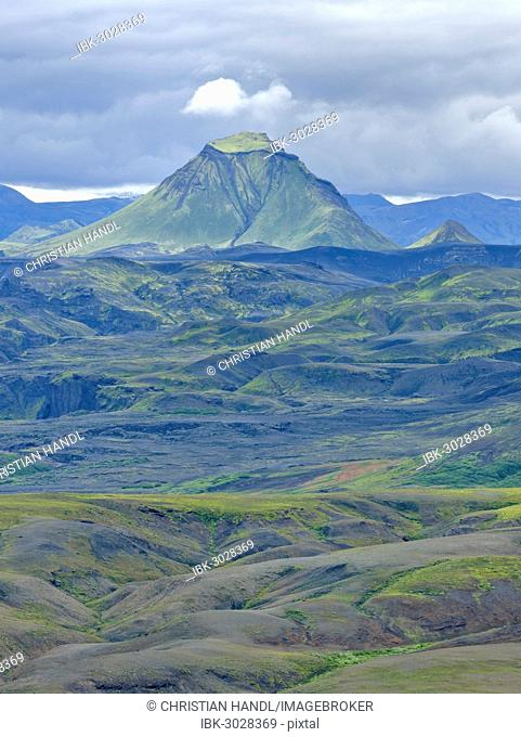 View from Mt Eggjar across the Emstrur lava desert to Hattafell, on the long-distance hiking trail from Skógar via Fimmvörðuhals to the Thórsmörk mountain ridge