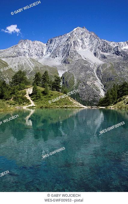 Switzerland, Wallis Alps, Val D'Herens, Lac Bleu