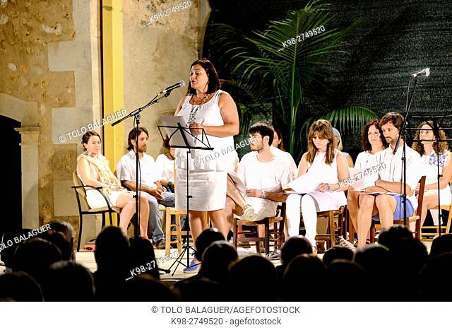 recital de poesia en homenaje al poeta Damià Huguet ,plaza de Can Pere Ignasi , CamposMajorca, Balearic Islands, Spain