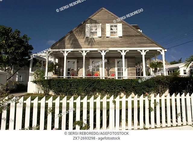 Loyalist home. Bay Street. Dunmore Town, Harbour Island, Eleuthera. Bahamas