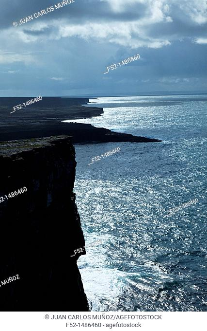 Dún Aonghasa - Fort of Aongus Cliffs  Inishmore Island, Aran Islands, Galway County, West Ireland, Europe