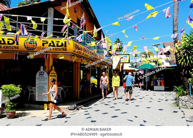 Thailand Krabi Phi Phi Islands Koh Phi Phi Don Narrow streets of Tonsai Village