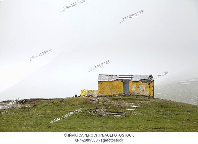 Rothang Mountain Pass , Manali - Leh Road, Himachal Pradesh, India
