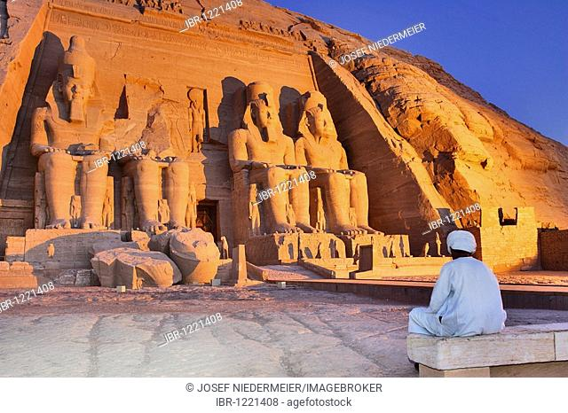 Temple of Pharaoh Ramses II, Abu Simbel, Nubia, Egypt, Africa