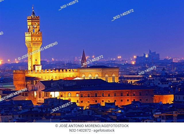 Florence  Palazzo Vecchio at Dusk  Tuscany  Italy  Europe