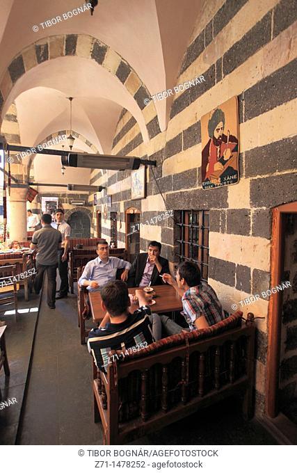 Turkey, Diyarbakir, Hasan Pasa Hani, ancient caravanserai, cafe