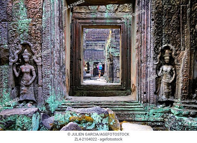 Woman visting Preah Khan temple. Cambodia, Siem Reap, Angkor
