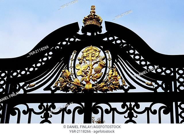 Eighteenth century gate of St. James's Park in the heart of London, England, featuring the emblems of the different UK countries