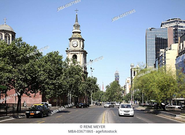 Chile, Santiago, Avenida Libertador General Bernardo O'Higgins