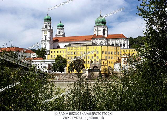 River Inn, St. Stephan's Cathedral, Passau, Lower Bavaria, Germany, Europe