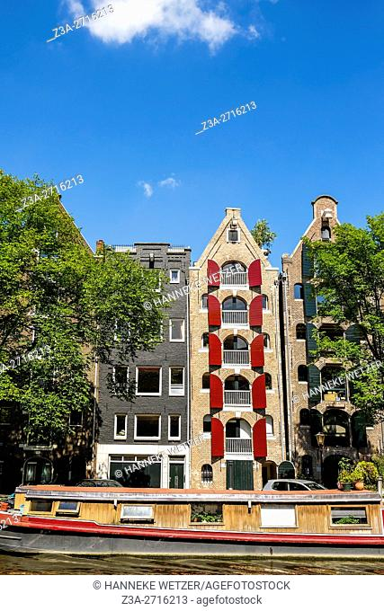 Traditional architecture at the Brouwersgracht canal in Amsterdam, the Netherlands, Europe